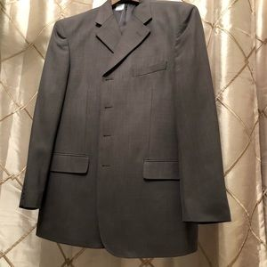 Men's Suit BRAND NEW W/O TAGS